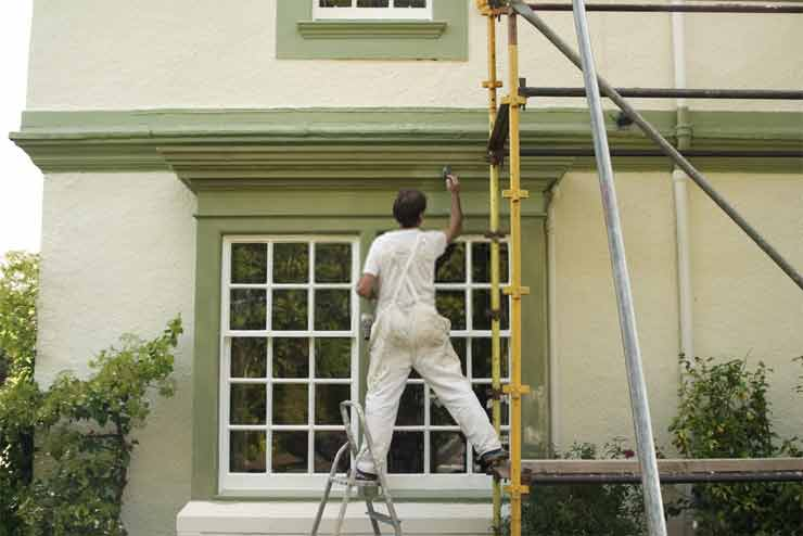 How to clean outside of the house before painting